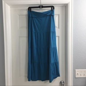 Banana Republic long blue skirt. Size XS